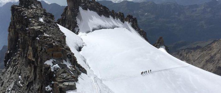 Marine's Smile en altitude ! 4061 mètres – Sommet du grand paradis – Alpes italiennes