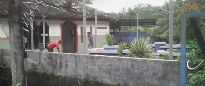 Coup d'envoi pour la construction du toit au dessus de la terrasse !