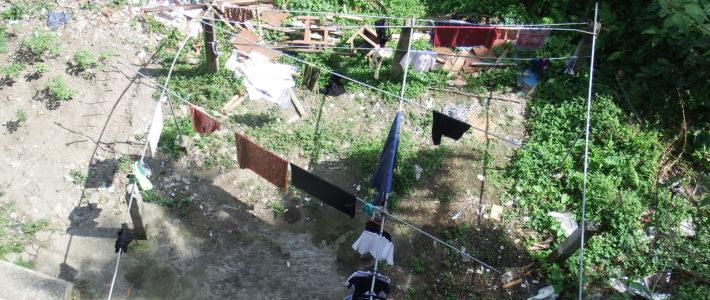 Installation d'un abri pour le séchage du linge