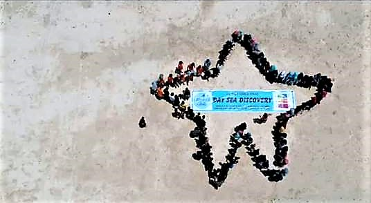 Journée à la Mer pour les 152 enfants de l'orphelinat Yappenatim !